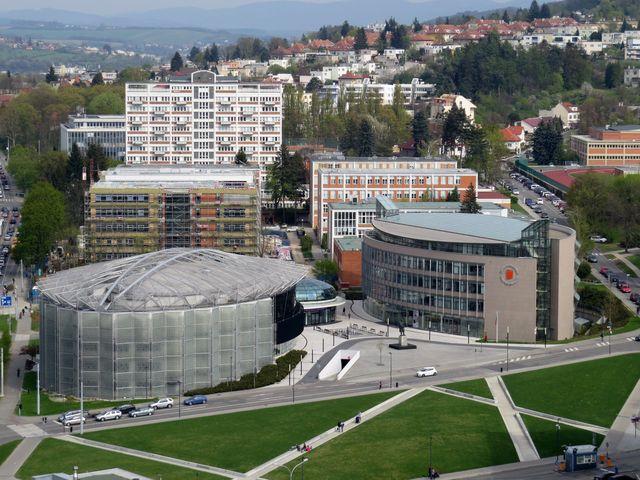 architektonický komplex v centru Zlína - Kongresové a univerzitní centrum