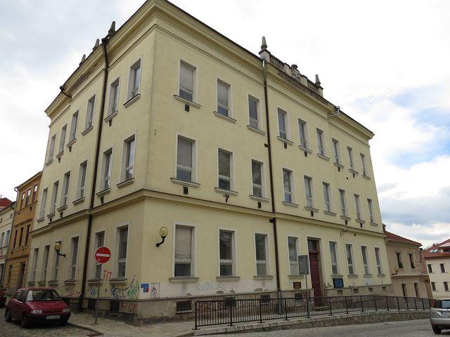 bývalá škola v Brněnské ulici