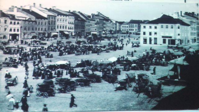náměstí s Kreclem