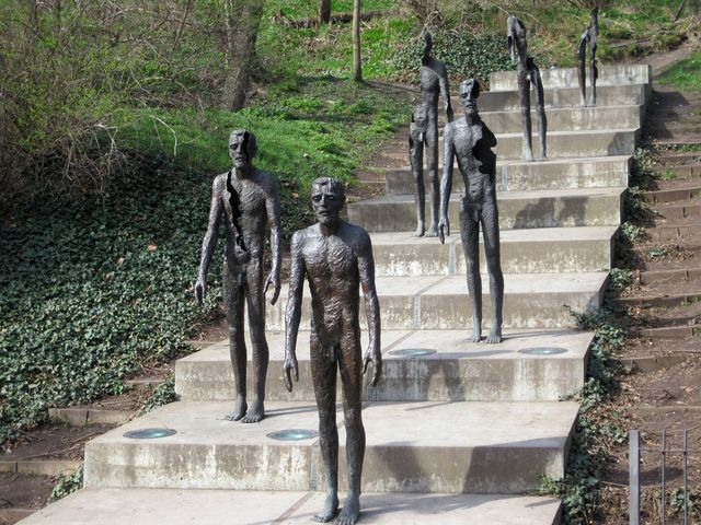 památník Obětem komunismu, autor Olbram Zoubek