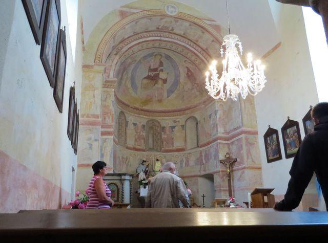 nástěnné malby pocházejí z 2. poloviny 12. století
