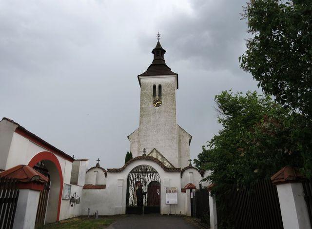 kostel v Albrechticích nad Vltavou