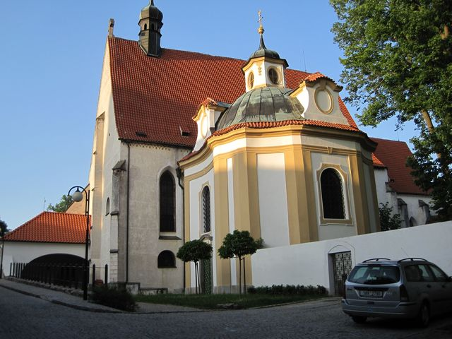 klášter s kostelem Nanebevzetí Panny Marie