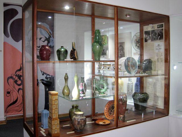 historie a výrobky místní keramické školy