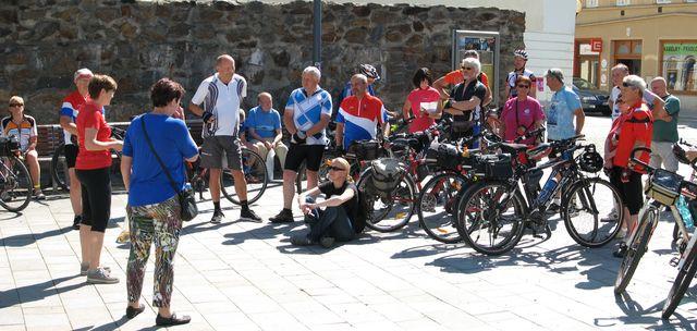pohoda před začátkem cyklojízdy; foto F. Janeček