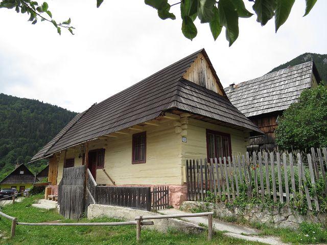 obec vznikla na konci 14. století
