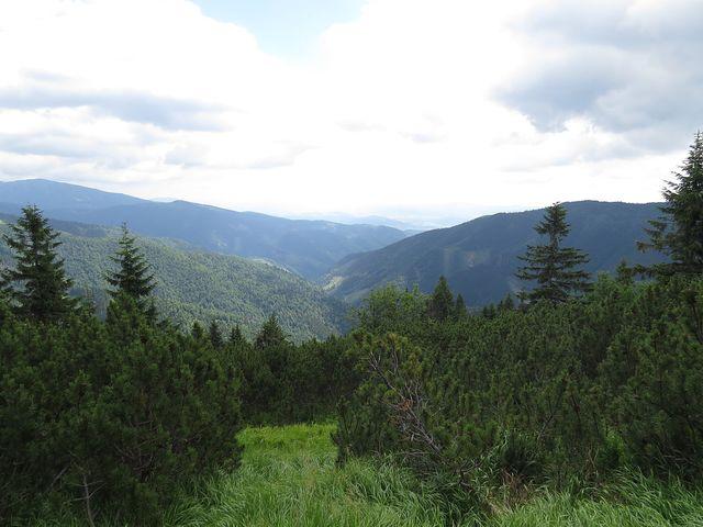 výhled z hřebenové stezky