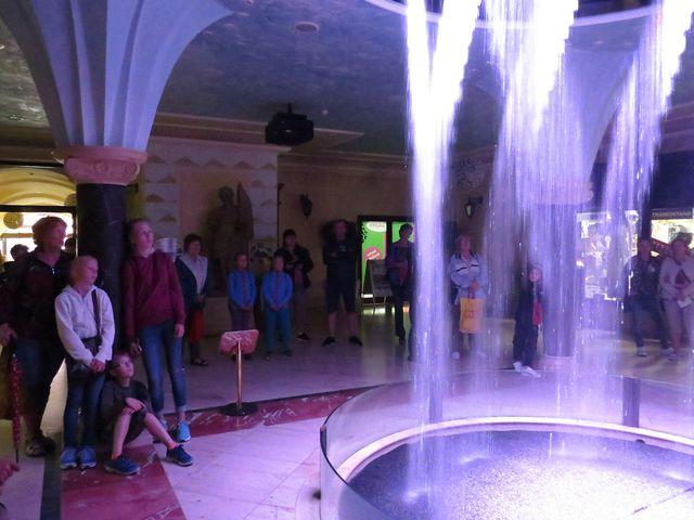 aqua show ve dvoraně centra sv. Floriána v Jindřichově Hradci; www.svatosi.cz