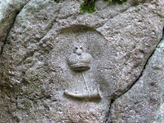 historický kamenný reliéf na Větrné skále