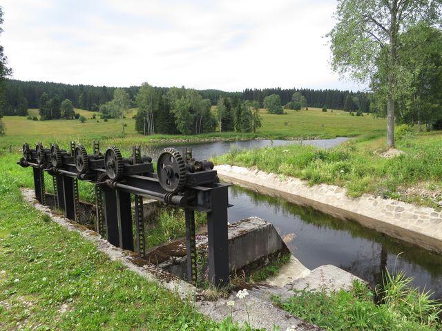 nádrž na Poleckém potoce poblíž Teplé Vltavy