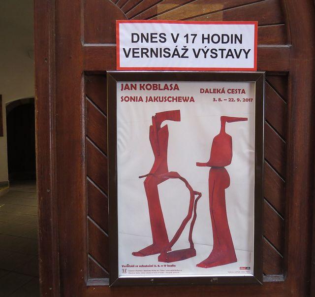 plakát k výstavě a pozvání na vernisáž; www.svatosi.cz